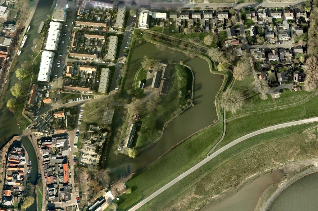 Revitalisatie en herbestemming Ford Vreeswijk Nieuwegein - Topos